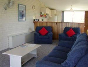 Penguin Mews - Accommodation Nelson Bay