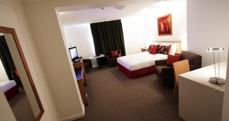 Townhouse Hotel - Accommodation Nelson Bay