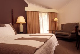 Tallawanta Lodge - Accommodation Nelson Bay