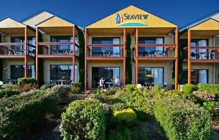 Seaview Motel  Apartments - Accommodation Nelson Bay