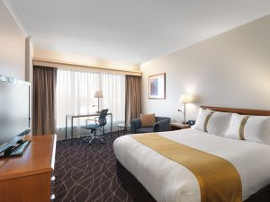 Holiday Inn Sydney Airport - Accommodation Nelson Bay