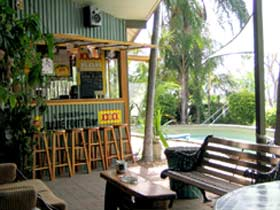 Backpackers By The Bay - Accommodation Nelson Bay