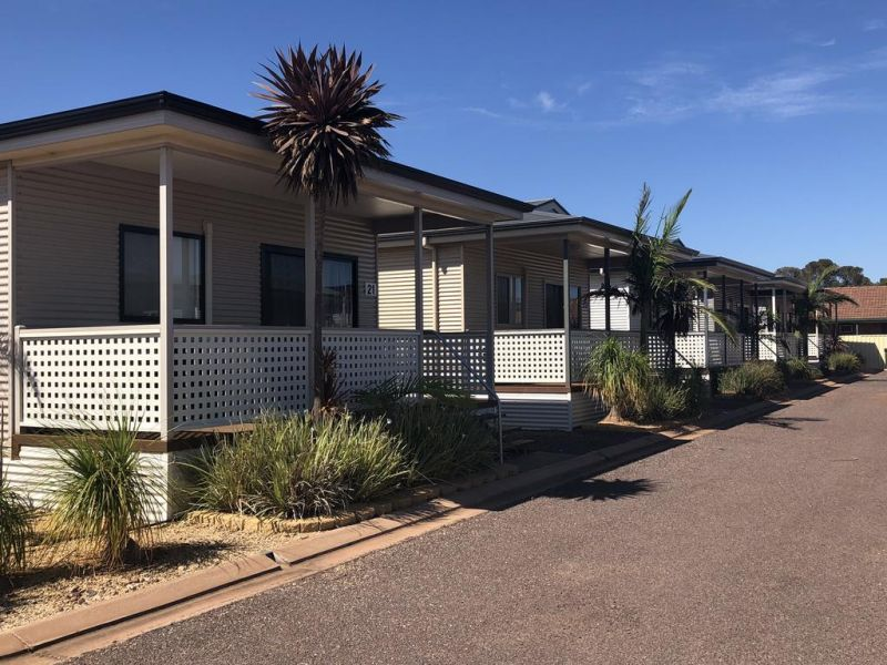 Sundowner Cabin and Tourist Park - Accommodation Nelson Bay