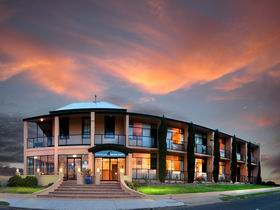 Kangaroo Island Seafront Resort - Accommodation Nelson Bay