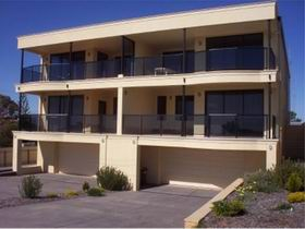 The Lighthouse Accommodation - Accommodation Nelson Bay