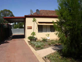 Loxton Smiffy's Bed And Breakfast Sadlier Street - Accommodation Nelson Bay