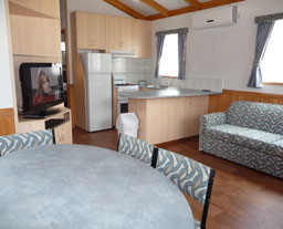 Victor Harbor Holiday and Cabin Park - Accommodation Nelson Bay