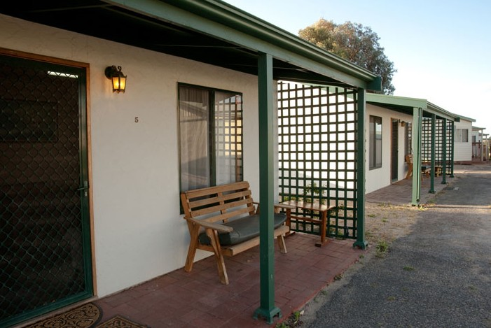 Moonta Bay Road Cabins and Cottages - Accommodation Nelson Bay
