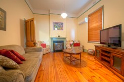 Semaphore Beach Cottage Bed and Breakfast - Accommodation Nelson Bay
