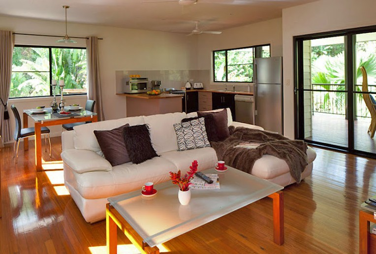 Misty Mountains Tropical Rainforest Romantic Retreat - Accommodation Nelson Bay