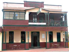 Central Hotel Zeehan - Accommodation Nelson Bay