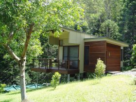 Montville Ocean View Cottages - Accommodation Nelson Bay
