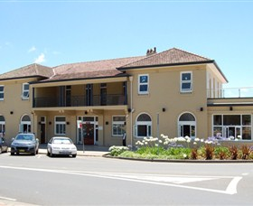 The Huskisson on Jervis Bay - Accommodation Nelson Bay