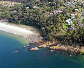 Gibsons by the Beach - Accommodation Nelson Bay