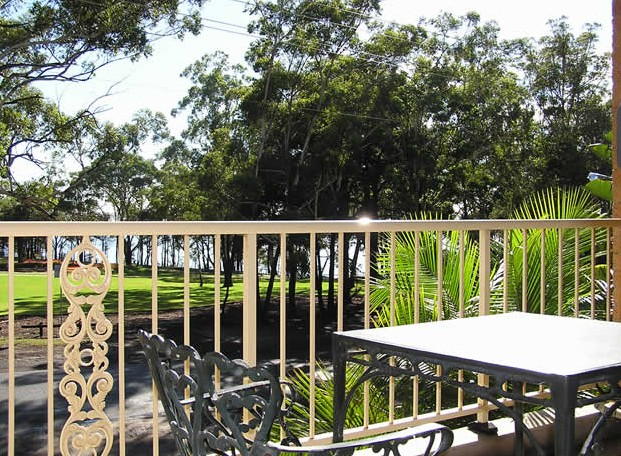 Huskisson Bayside Resort - Accommodation Nelson Bay