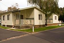 Pleasurelea Tourist Resort and Caravan Park
