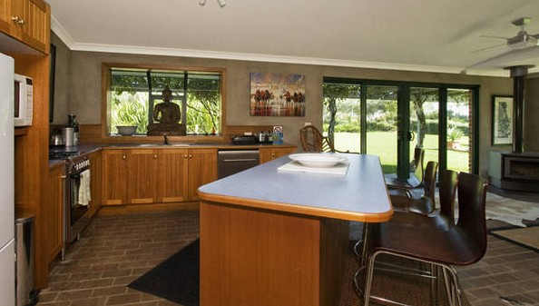 Banksia Garden Retreat - Accommodation Nelson Bay