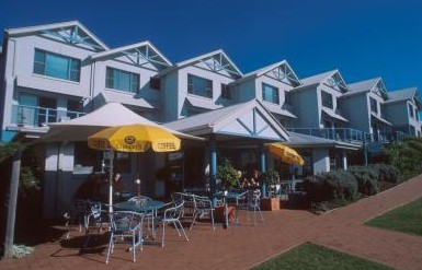 Breakers Apartments Mollymook - Accommodation Nelson Bay