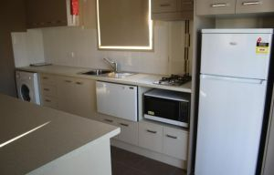 Bowlo Holiday Cabins - Accommodation Nelson Bay