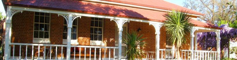 Araluen Old Courthouse Bed and Breakfast - Accommodation Nelson Bay