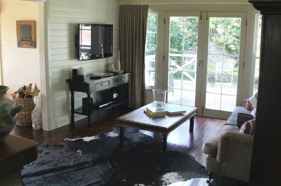 Book Barn Cottage - Accommodation Nelson Bay
