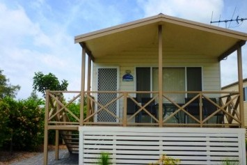 Belmont Pines Lakeside Holiday Park - Accommodation Nelson Bay