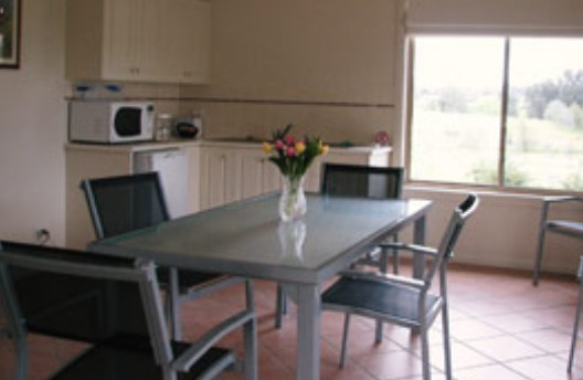 Burns B and B and Yabby Farm - Accommodation Nelson Bay