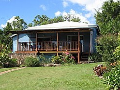 Blue House Family Accommodation - Accommodation Nelson Bay