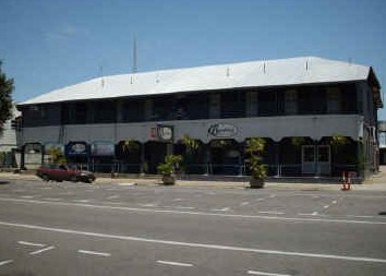 Burdekin Hotel - Accommodation Nelson Bay