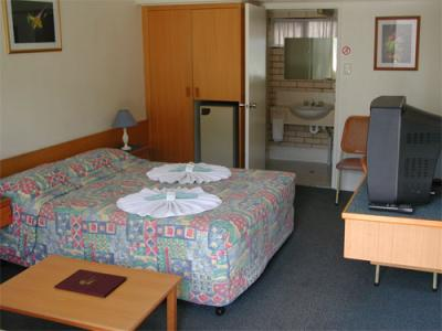 Tropical Gateway Motor Inn - Accommodation Nelson Bay