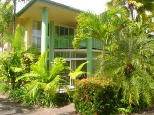 A Tropical Nite - Accommodation Nelson Bay