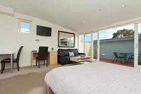 Sixty Two on Grey - Accommodation Nelson Bay