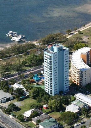 Palmerston Tower - Accommodation Nelson Bay