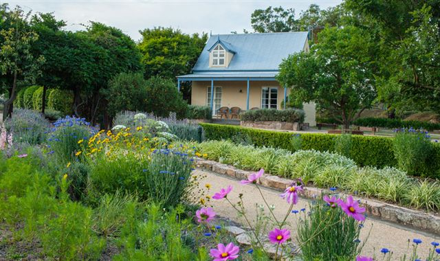 Vineyard Cottages and Cafe - Accommodation Nelson Bay