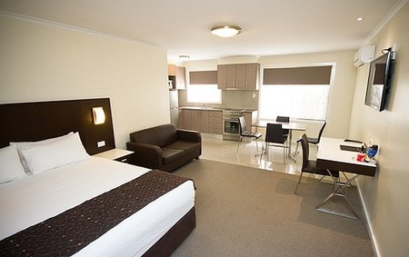 Country Comfort Premier Motel - Accommodation Nelson Bay