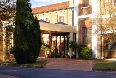 Monte Pio Motor Inn - Accommodation Nelson Bay