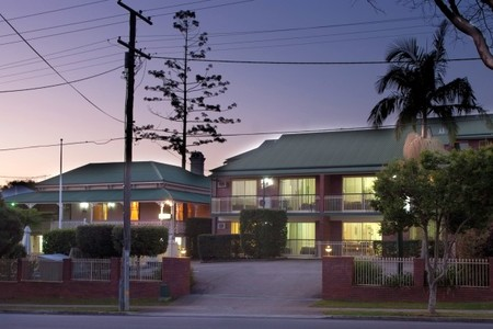 Aabon Holiday Apartments  Motel - Accommodation Nelson Bay