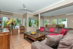 The Villas Palm Cove - Accommodation Nelson Bay