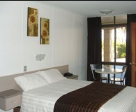 The Edge Hotel - Accommodation Nelson Bay