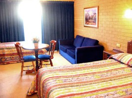 Goldtera Motor Inn - Accommodation Nelson Bay