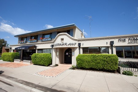 The Town House Motor Inn - Sundowner Goondiwindi - Accommodation Nelson Bay