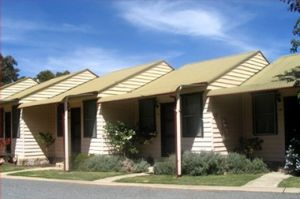 The Village Cabins - Accommodation Nelson Bay