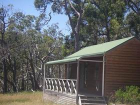 Cave Park Cabins - Accommodation Nelson Bay