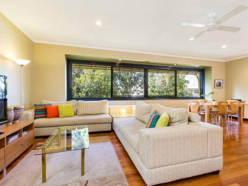 Short Stay Network - Accommodation Nelson Bay