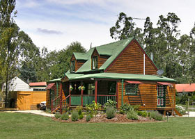 Mystic Mountains Holiday Cottages - Accommodation Nelson Bay