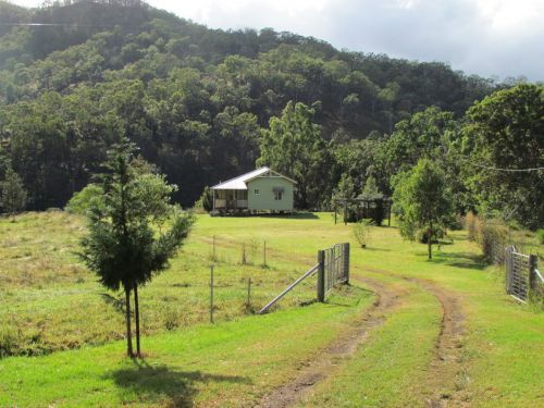 Eighteen Mile Cottage and Homestead - Accommodation Nelson Bay