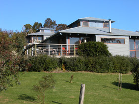 Buttlers Bend Holiday Villas - Accommodation Nelson Bay