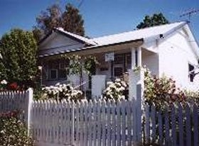 Crabapple Cottage - Accommodation Nelson Bay