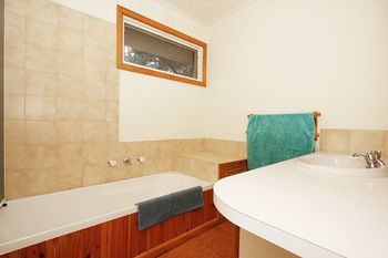 3/43 Thames Holiday Unit - Accommodation Nelson Bay