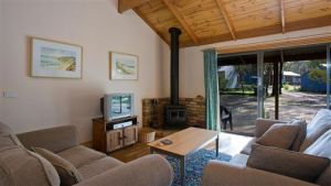 Surf Coast Cabins in Aireys Inlet - Accommodation Nelson Bay